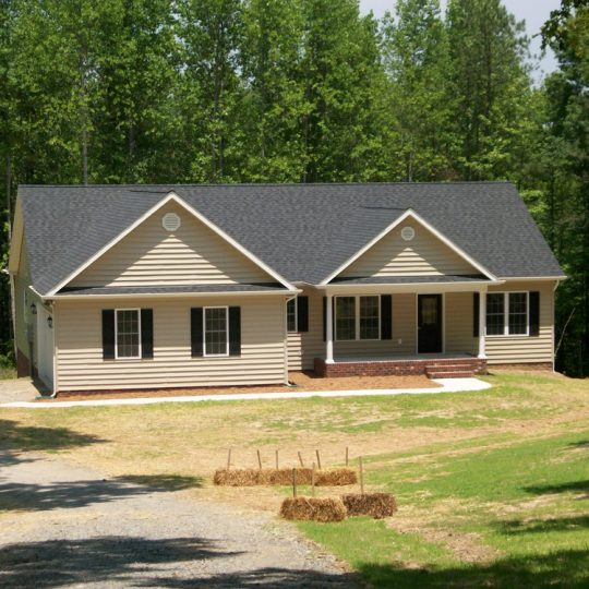 https://www.perryscustomhomes.com/wp-content/uploads/2018/10/New-Home-Project_13-540x540.jpg